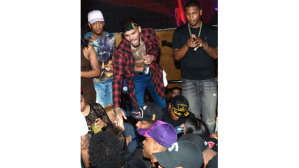 010415-celebs-out-chris-brown